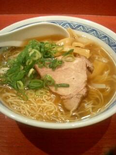 中国料理「四海飯店」の香港麺