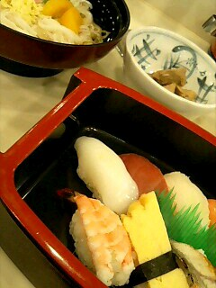 回転寿司しゅっぽっぽの特別サービスセット