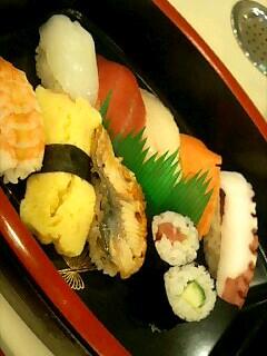 回転寿司「しゅっぽっぽ」の寿司定食