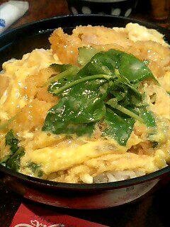 割烹「吉野」のカツ丼定食