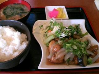 やきとり「司」の鶏の甘酢炒め定食