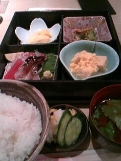 魚処「でぶ」のお刺身定食