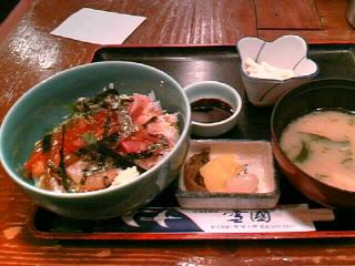 北海道料理「雪国」の海鮮丼