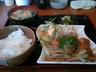やきとり「司」の鶏団子の甘酢定食