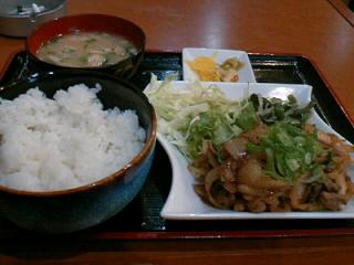 やきとり「司」の牛の肉ニラ炒め定食