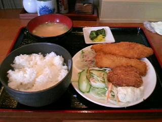 やきとり「司」の海鮮ミックスフライ定食