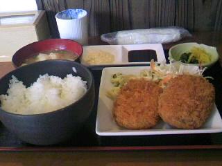 やきとり「司」の牛肉コロッケ定食