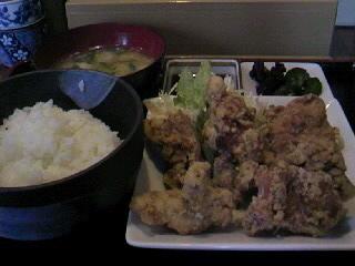 焼き鳥「司」の唐揚げ定食
