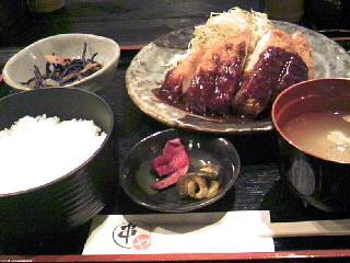 串かつ「串や」のサービス定食