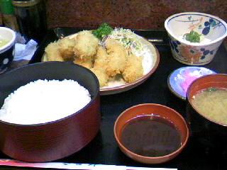 割烹「吉野」のカキフライ定食
