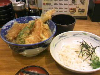 丼丼亭のサービスセット