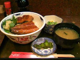 割烹「吉野」の鰻丼