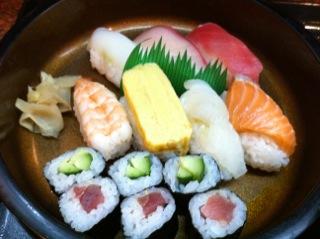 割烹「吉野」の寿司定食