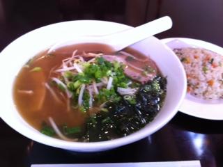 中華料理「南京园」のラーメン定食
