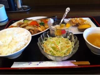 台湾料理「一路發(イロハ)」のサービス定食
