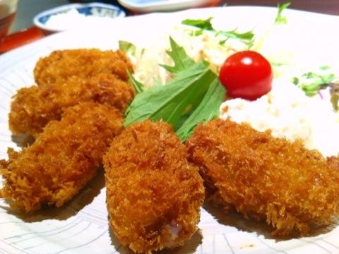 串カツ酒場 どん のカキフライ定食
