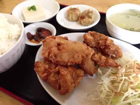 中華料理 和興のサービス定食