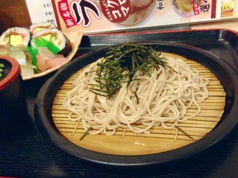 汐屋の巻き寿司セット