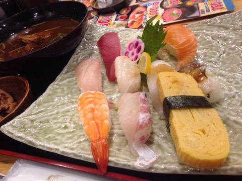 魚輝水産の日替り寿司ランチ
