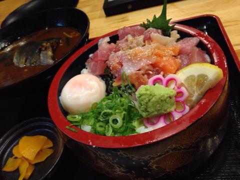 海鮮れすとらん 魚輝水産の漁師丼