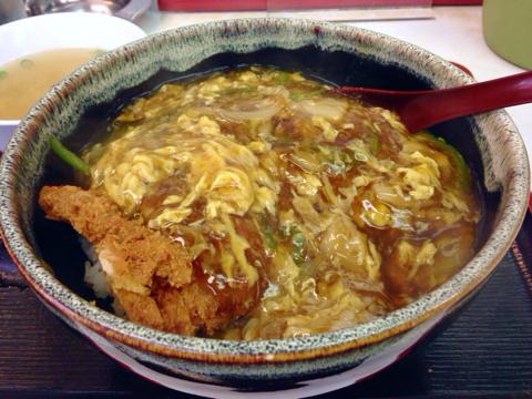 中華料理 味悟空の中華風かつ丼