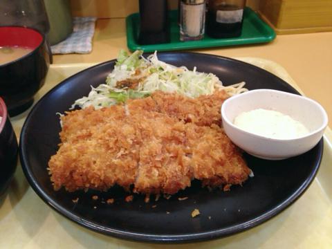 カレーハウス 五番館の白身魚定食