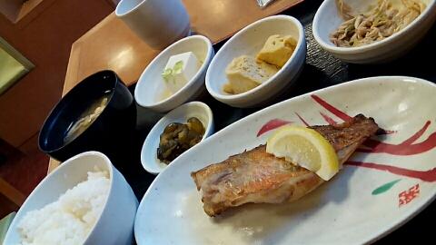 宮本むなしの赤魚の塩焼き定食