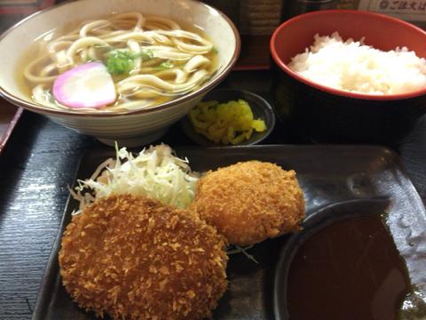 めん処 なにわの 新大阪店のコロッケ定食