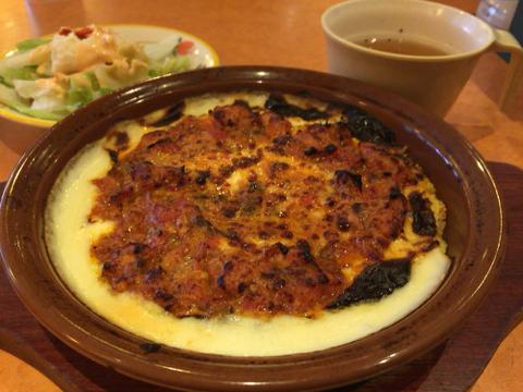 サイゼリヤ 新大阪西宮原店のチキンとトマトソースのドリア