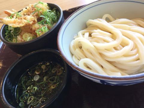 楽釜製麺所 新大阪店のざるうどん