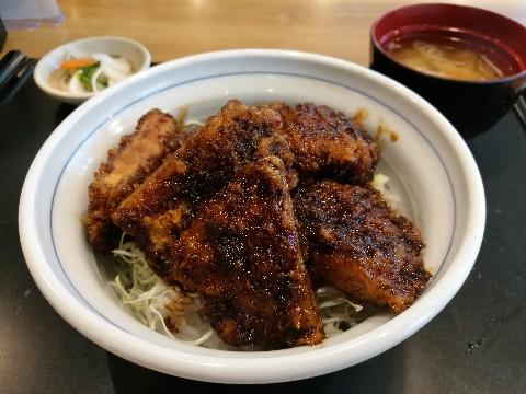 アカマル屋 新大阪店のソースかつ丼