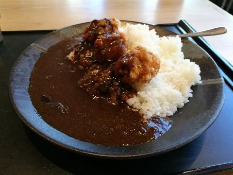 アカマル屋 新大阪店の唐揚げカレー